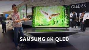 Смотрим первый 8K <b>QLED телевизор</b> от <b>Samsung</b> - YouTube