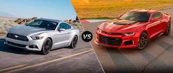Ford Mustang vs 2017 Chevrolet Camaro