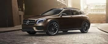 Dzięki nim śmiało możesz stawiać czoła każdej przygodzie, świetnie nadają się też na co dzień. Mercedes Benz Suvs Mercedes Benz Usa