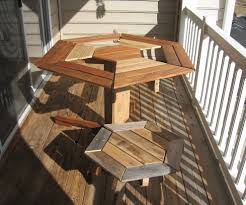 how to make pallet furniture. Image Of: How To Make Pallet Patio Furniture Table