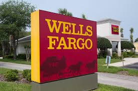 what does the wells fargo cash wise visa have to offer