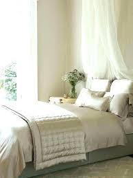 small white bedroom ideas black