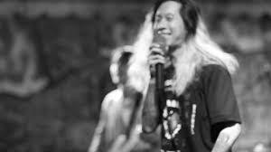 อย่าพูดเลย (ดีกว่า) - Sweet Mullet live at Landinlanrinsura - YouTube