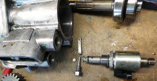 pictures of heui hpop disassembly for international navistar above here we see the ipr injection pressure regulator which controls the output pressure by allowing oil pressure to bypass