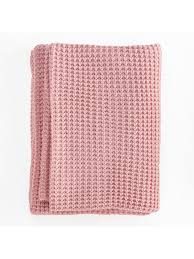 camden throw rug dusty pink