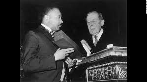 martin luther king s kids fight over his bible nobel cnn king receives the nobel prize for peace from the president of the nobel prize committee