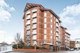 Superior Coventry, CV1 Offers In The Region Of £170,000. Approximate Monthly  Repayment