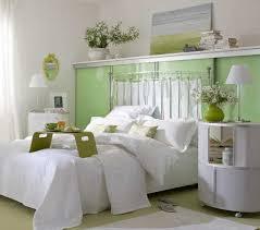decorating small bedroom. How To Decorate Small Bedroom Brilliant Design Ideas Designs Decor Decorating