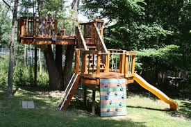 Brilliant Treehouses For Kids Amazing Backyard Treehouse 15 Awesome Ideas You On Design