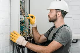 Electrician Jobs in Watford Hertfordshire - Electrician Watford Call 01923  372 154
