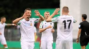 Bundesliga side hannover 96.between 2011 and 2015 he made six appearances for the germany national team. Irykcizaddlttm