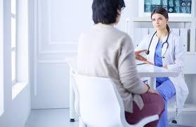 Místo do nemocnice k obvodnímu doktorovi. Praktičtí lékaři budou moci od  příštího roku dělat nové výkony | Zlín