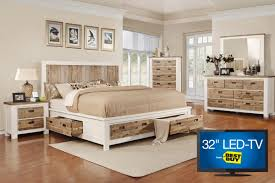 King And Queen Decor Western Queen Storage Bedroom Set With 32 Tv
