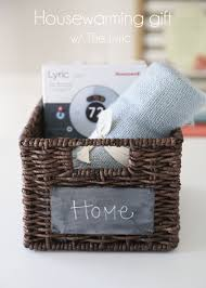 A Fun Housewarming Gift Idea! Change Your #HoneywellLyric Settings Remotely  From Any Room With The App #sponsored