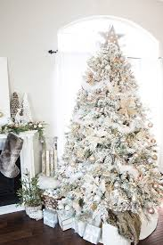 how to decorate a flocked gold and silver winter wonderland christmas tree michaels dream tree