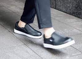ワークマン 滑ら ない 靴