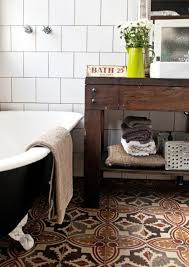 Like lively carpets, bathroom floor tile patterns have personality as well  as color.