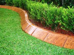 image of wood lawn edging ideas