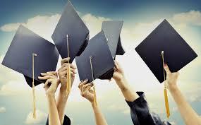 Программы двойного диплома Помимо обучения за рубежом и получения двух дипломов участники программ получают разнообразный положительный опыт