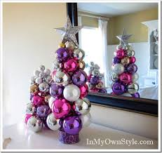 ornament christmas tree made with knitting needle....super easy, cute and