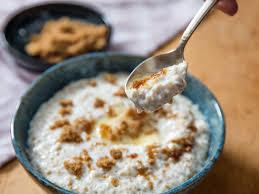 a spoonful of irish oatmeal with brown sugar