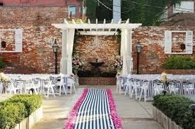 12 pictures of cool wedding aisle runners mywedding Unique Wedding Aisle Runner navy and white striped aisle runner at courtyard wedding unique wedding aisle runners