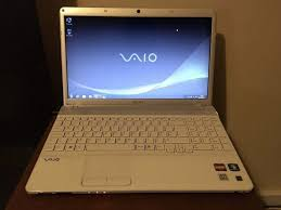 sony vaio laptop. white sony vaio laptop 4gb ram webcam , hdmi 320gb drive o