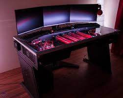 red harbinger cross pc desk available to pre order