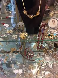 home vine and estate jewelry necklaces pins costume jewelry