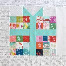 Best 25+ Christmas present quilt block pattern ideas on Pinterest ... & Pixelated Present :: Free Quilt Block Pattern Adamdwight.com