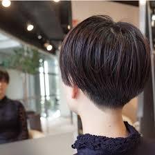 ショート刈り上げ女子のかっこいい後ろ画像男ウケは悪いの良いの