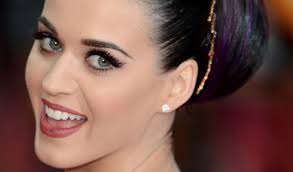 katy perry adds beauty mogul to her résumé with new cover line
