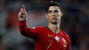 Cristiano Ronaldo: Portugal-Star fehlt gegen Kroatien wegen einer Biene -  Fussball - Bild.de