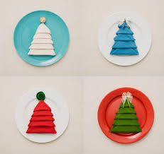 DIY Christmas Tree Napkin Fold - Moco-choco