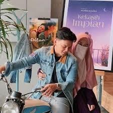 Kamu gak akan kuat menanggung dosanya kita menikah saja ya. Novel Kisah Asmara Natta Reza Dan Wardah Maulida Akan Difilmkan Showbiz Liputan6 Com