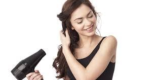 Nên mua máy sấy tóc loại nào tốt, tiết kiệm điện và có độ bền cao?