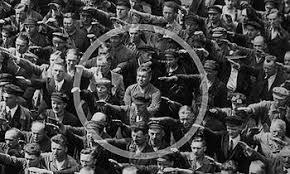 Resultat d'imatges de fotos de camps de concentració nazis