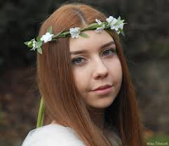 Věneček Do Vlasů S Bílými Kvítky Svatební Dekorace Svatební