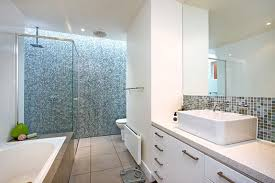 Average Cost Of Remodeling Bathroom Delectable Bathtub Remodel Cost Yelomagdiffusion