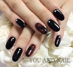 ブラックレッド ネイルサロン Nail Salon You And Nailのネイルカタログ