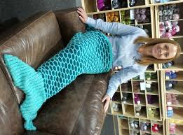 Mermaid Tail Blanket Knitting Pattern Beauteous Knit And Stitch Blog From Black Sheep Wools Blog Archive Mermaid