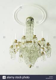 Ein Geschliffenes Glas Kronleuchter Stockfoto Bild