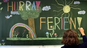 Sechs Wochen Urlaub Was Lehrer In Den Ferien Machen Nordkurierde