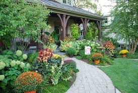 Fall Landscaping Bhg Style Spotters