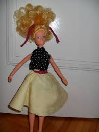 a no sew doll clothing design