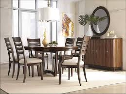 Image of: Elegant Modern Round Dining Table Ideas