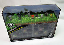 Case Piccole Minecraft : Minecraft mini figure collector case with figures mattel