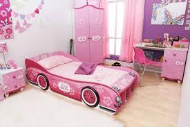 Room for Kids: Bedroom for Toddler Girl in Pink