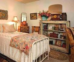 Antique Bedroom Decorating Ideas New Decorating