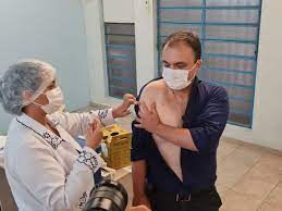Guarulhos inicia imunização com vacinas AstraZeneca